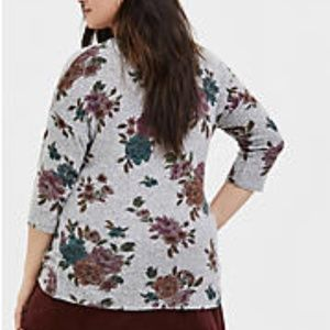 torrid Tops - TORRID Gray Floral Top Super Soft Plush